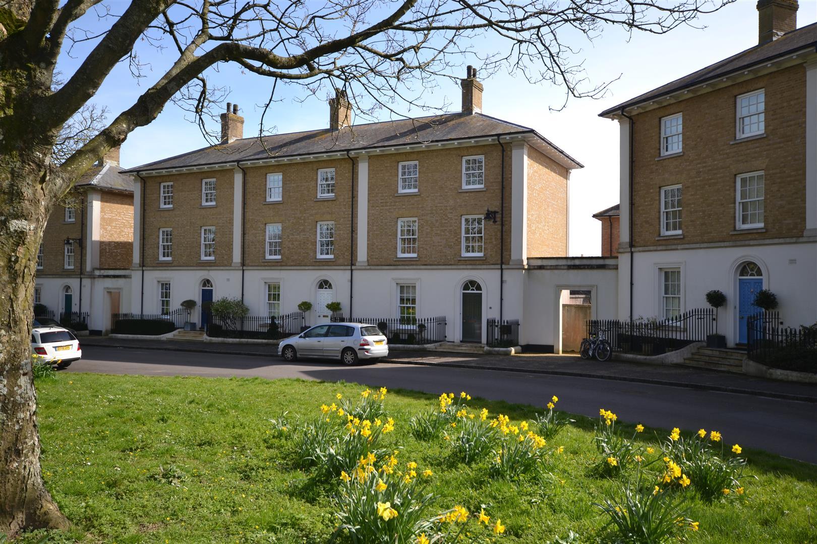 Woodlands Crescent, Poundbury